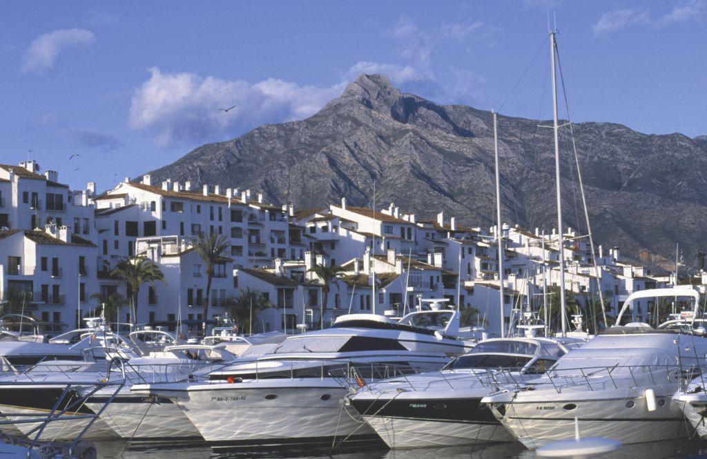 Anúncios No Hotel  Gna Marbella-84671