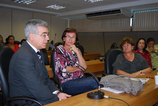 As Mulheres Da Reunião De Coimbra-71507