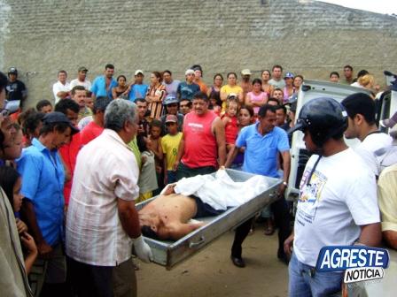 Casal Procura Jovem Santa Cruz Do Capibaribe-12083