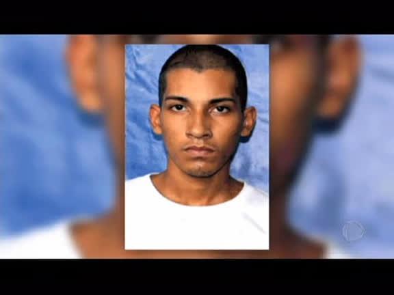Maduro Procura Jovem Duque De Caxias-44772