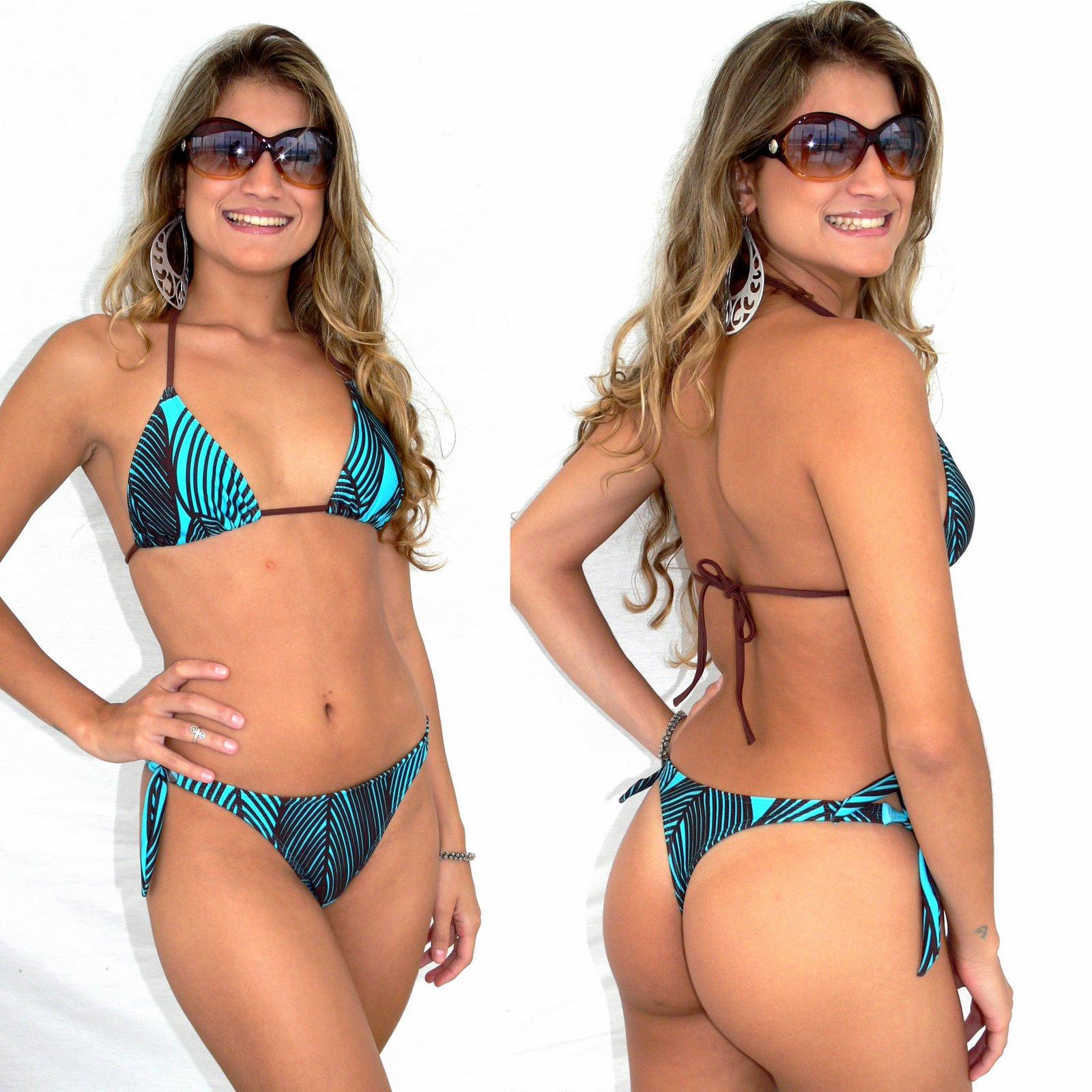 Mulheres Em Bikini No Évora-15475