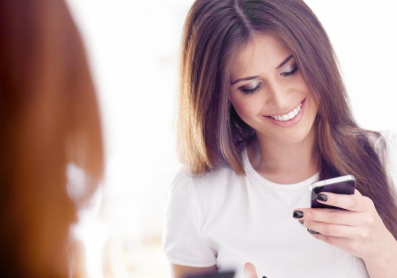 Telefones De Mulheres Que Procurando Gilbert-77457